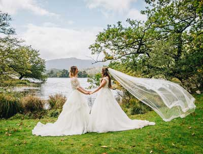 Love on the lake shores of Rydal Water