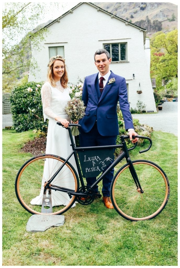 Outdoor-wedding-Bride-and-Groom-with-bike
