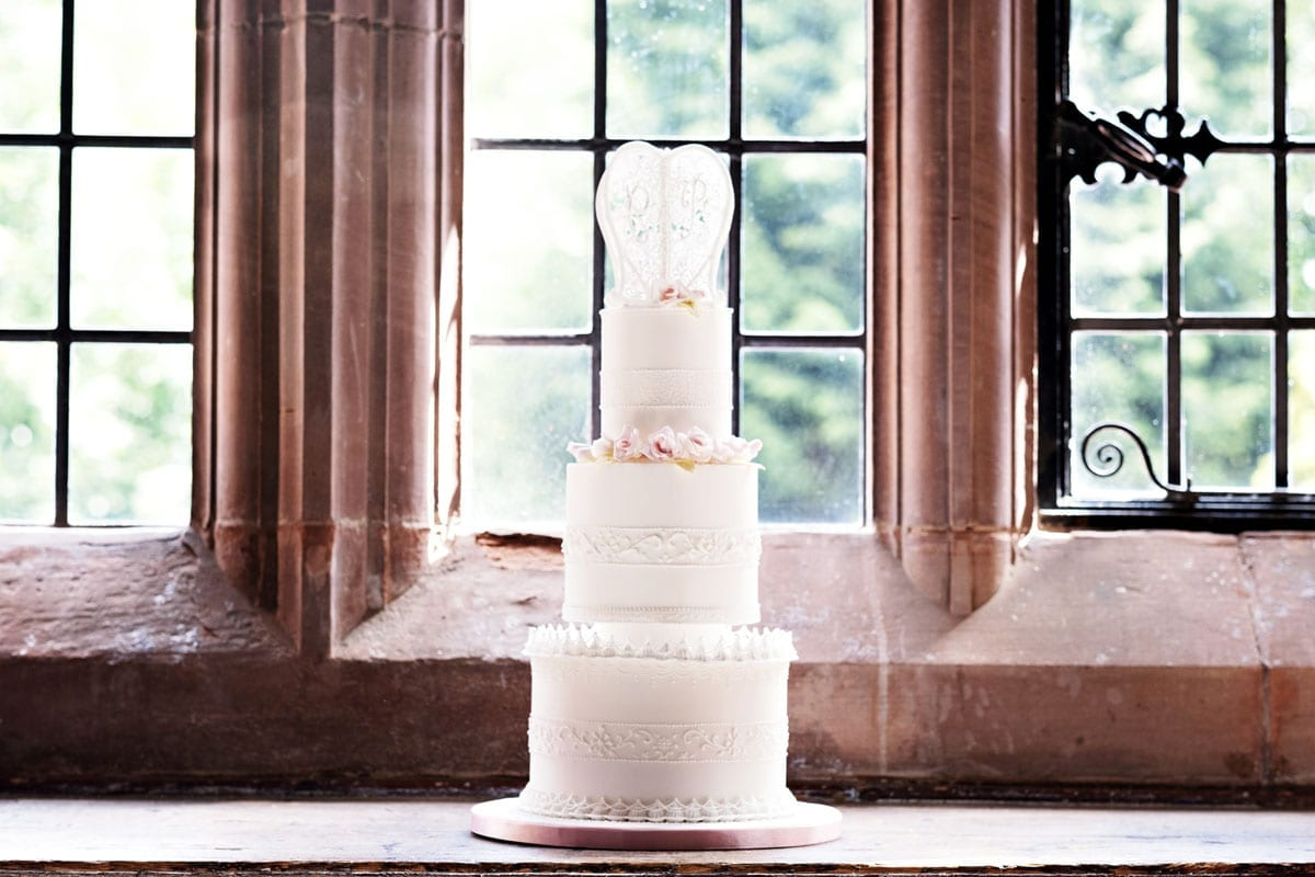 Wedding Cakes Traditions history and meanings