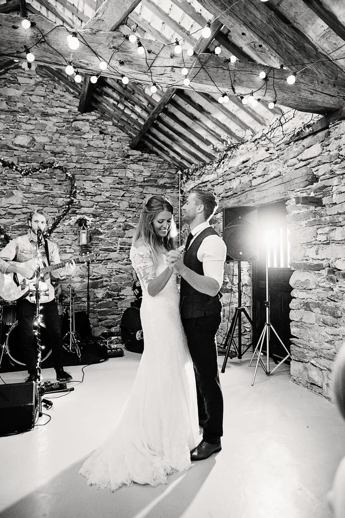 Wedding-Music---First-Dance-by-Jo-Bradbury