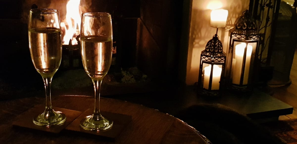 Exclusive Winter Weddings - Champagne by Firelight