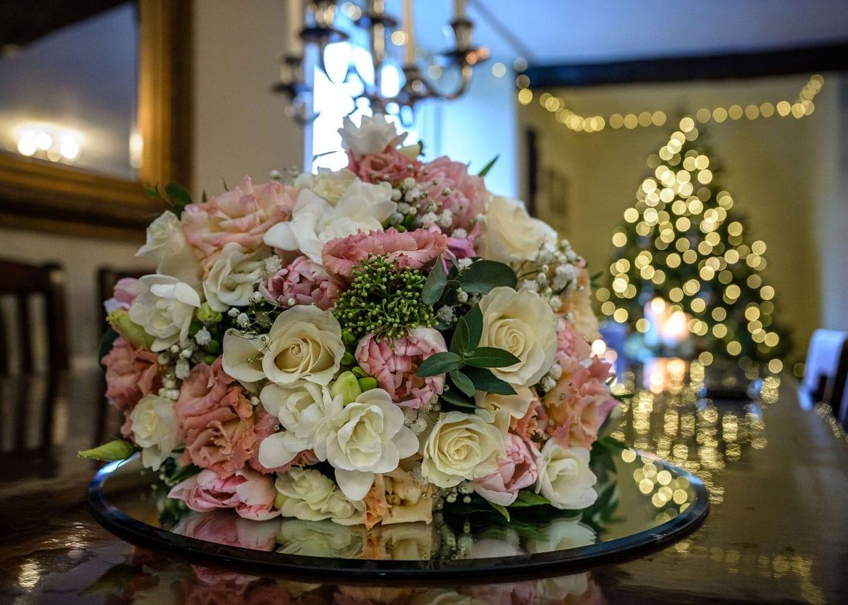 Dusky-pink-wedding-bouquet-elopement-wedding