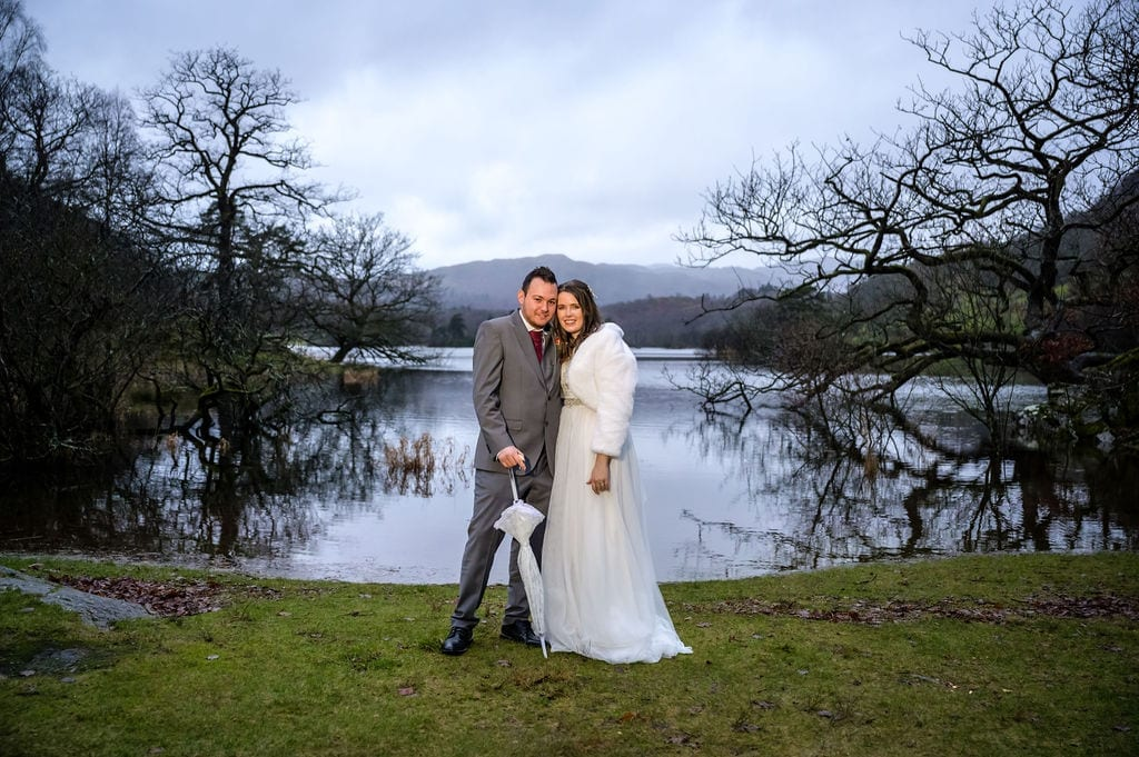 Wedding-couple-in-front-of-Rydal-Water